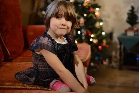 Kasihan, Kaki Gadis Kecil Ini Diamputasi Untuk Mengganti Tulang Punggung