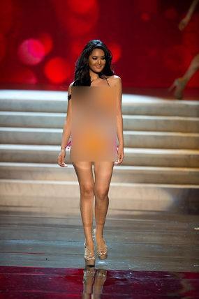 Maria Selena Pakai Bikini