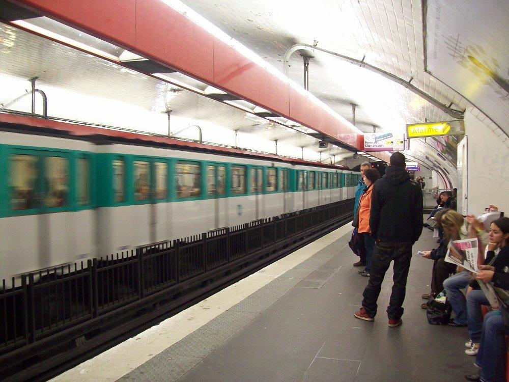 http://www.asalasah.net/2013/02/kota-kota-dengan-transportasi-mrt-terbaik-didunia.html