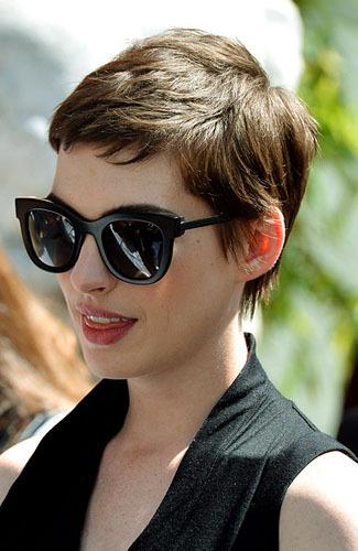 9 Trik Kecantikan Paling Trendi 2012
