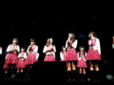 Foto Meriahnya Konser HUT JKT48 ke-1