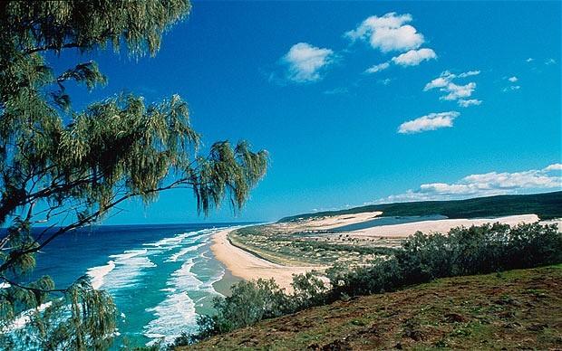 Destinasi Pantai Paling Berbahaya di Dunia