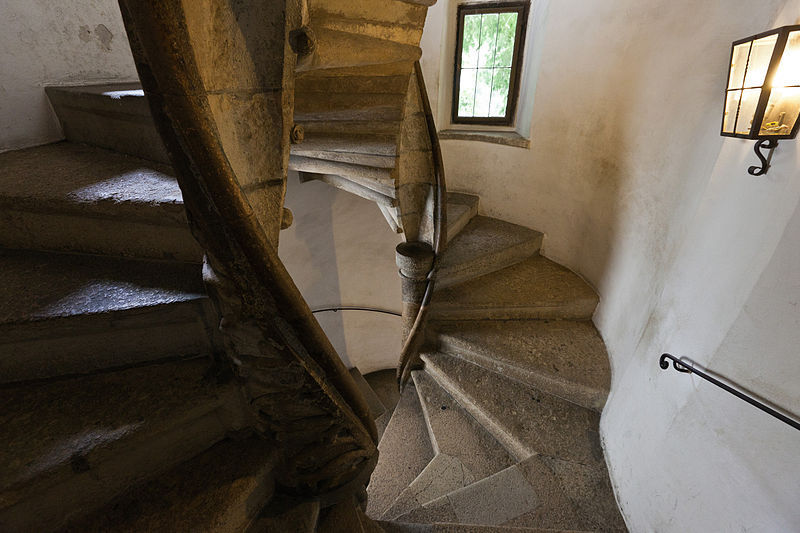 http://images.detik.com/content/2012/12/26/1383/163408_tanggaunik2.jpg