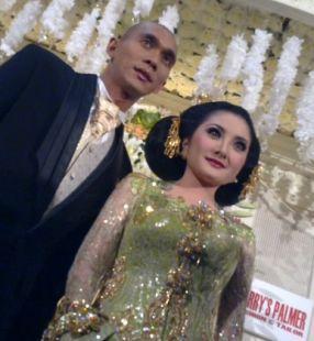 Foto saat Markus Horison dan Kiki AMalia menikah