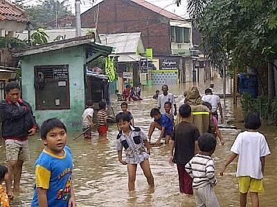 Banjir di Kebon Baru (sumber foto : detik.com)