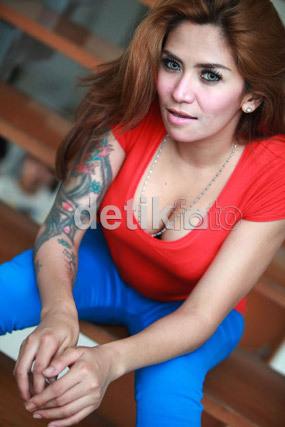 http://images.detik.com/content/2013/01/17/230/cinta1dlmm.jpg