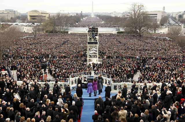Obama disumpah di hadapan ratusan ribu warga. Reuters/Rick Wilking