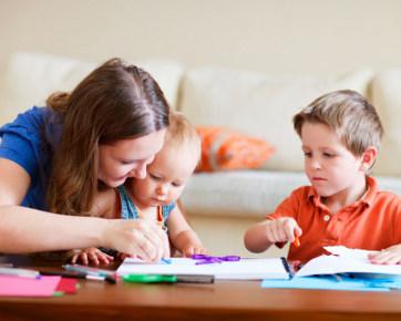 7 Kegiatan Sederhana di Rumah yang Dapat Mengasah Otak Anak