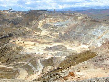 Penambangan Emas Terbesar - infolabel.blogspot.com