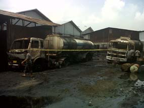 Kebakaran Gudang Oli Di Surabaya, Pergudangan Mutiara Tambak Langon