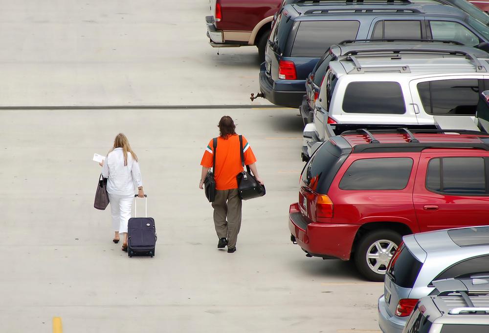 6 Hal yang harus Diingat Jika Menginapkan Mobil di Bandara