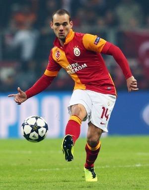 http://images.detik.com/content/2013/03/06/72/sneijderi.jpg