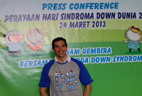 http://images.detik.com/content/2013/03/24/1301/140741_adrianmaulana.jpg