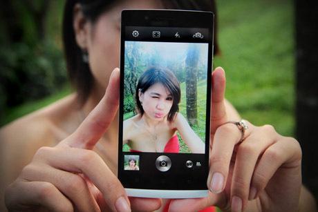 http://images.detik.com/content/2013/05/14/317/153506_164825_oppo460.jpg