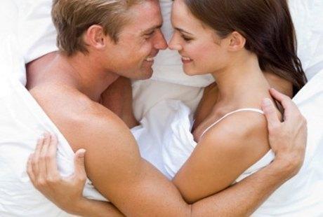 Cara Mudah Tingkatkan Orgasme Saat Bercinta