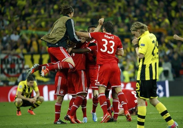 Bagi Dortmund, mereka gagal mengulang keberhasilan 16 tahun lalu saat jadi juara di musim 1996/1997.