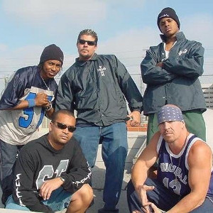 5 Fakta Menarik Suicidal Tendencies