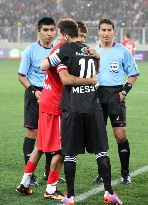 Messi dkk. Kalahkan Neymar cs 8-5