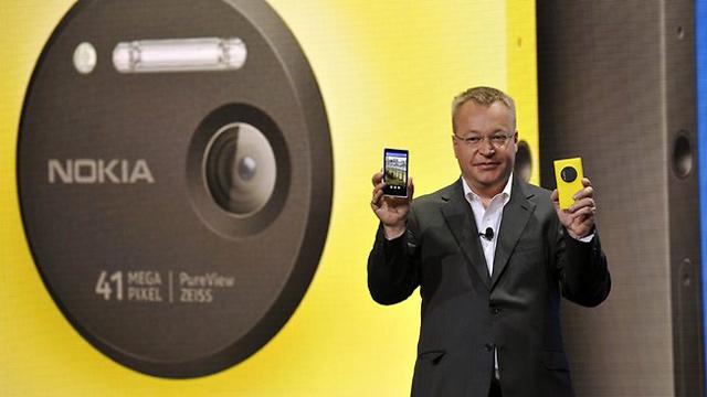 http://images.detik.com/content/2013/07/12/1146/nokia-lumia-1020-elop.jpg