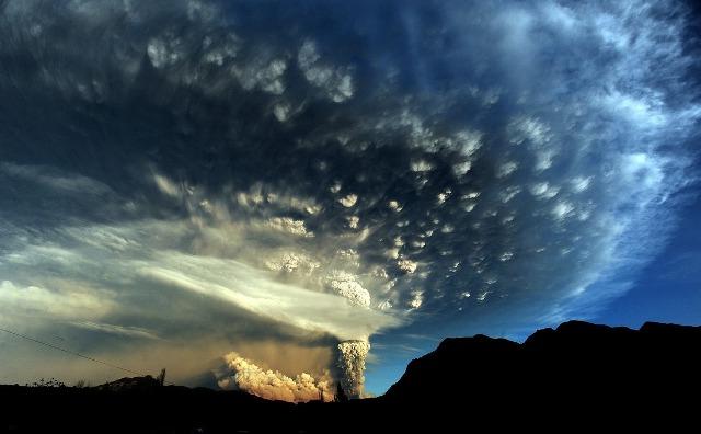 Momentum Spektakuler Kala Badai Menerjang