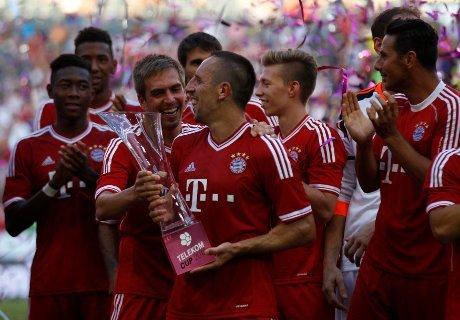 Gasak Gladbach, Bayern Juara Telekom Cup