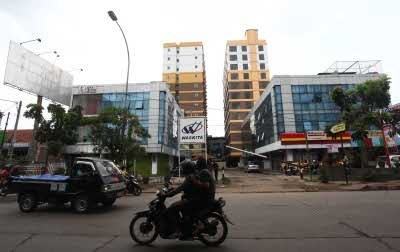 http://images.detik.com/content/2013/07/24/5/073046_hotelyusufmansurhasan1.jpg