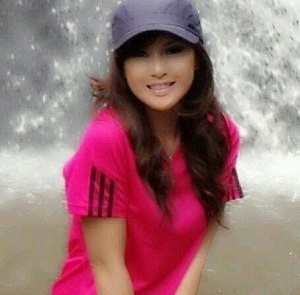 Sisca Yovie Wanita Cantik