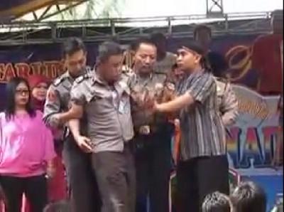 VIDEO POLISI MABUK DI MAJALENGKA BIKIN HEBOH DUNIA MAYA