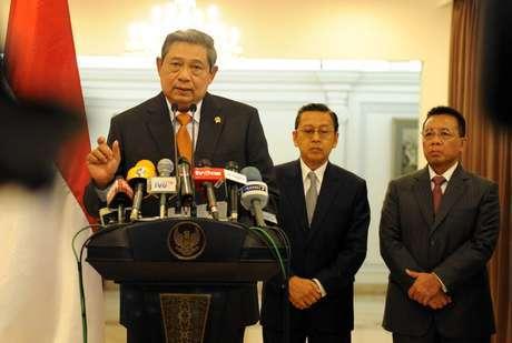 http://images.detik.com/content/2013/11/18/328/presidendalam.jpg