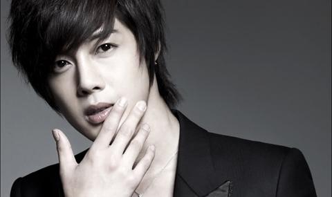 KIM HYUN JOONG DITUDUH PUKULI PACAR Penyebab Kim Hyun Joong Pukuli Sang Kekasih
