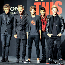 Album Baru One Direction Puncaki Billboard 200 Charts