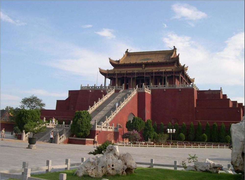1000 x 734 · 174 kB · jpeg, Kelenteng Paling Terkenal di China