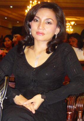 Penyebab perceraian Nia Daniati - Farhat Abbas