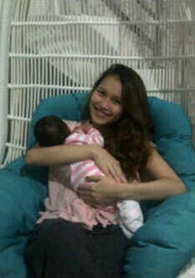 FOTO AYU TING TING & BAYI 'LITTLE PRINCESS' Inikah Nama Anak Ayu Ting Ting