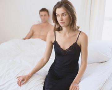 Ini Sebabnya Suami-Istri Jangan Bercinta Hanya karena Merasa Wajib