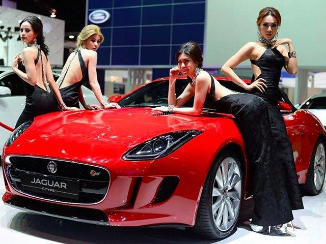 Gaun-gaun Seksi SPG Bangkok Motor Show