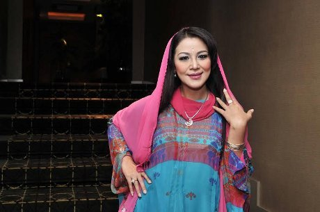 MAria Eva benarkan dinikahi mantan Kadis PU Pare-Pare, Imran Ramli