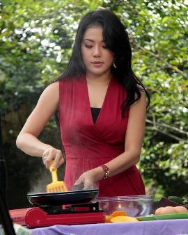 Aiko Sarwosri Isra, Koki Cantik, Chef Cantik