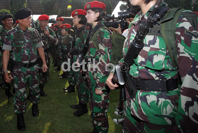 Panglima TNI Sidak Markas Kopassus