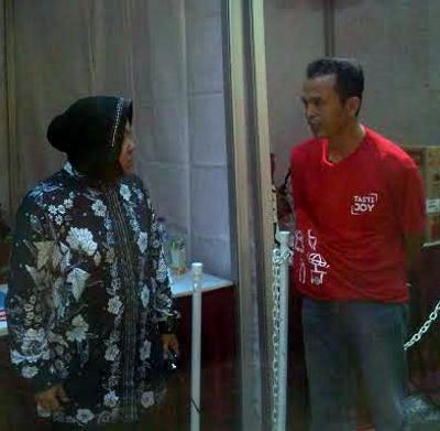 Taman Bungkul rusak akibat acara bagi-bagi es krim gratis, Walikota Tri Rismaharini marah besar