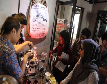 Bisnis Coffee Shop Sangat Menguntungkan Jika Memahami Kopi Secara Penuh