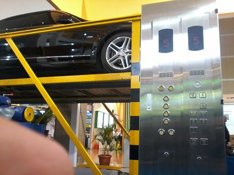 Ini Teknologi Parkir 'Terbang' Buatan Surabaya