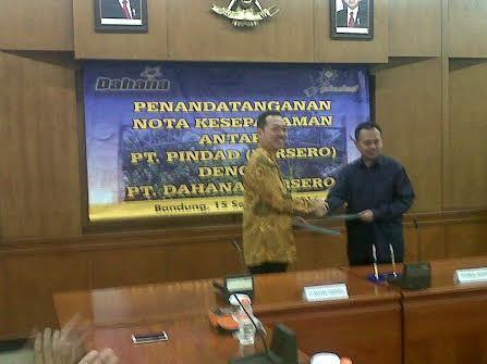 //images.detik.com/content/2014/09/15/1036/122732_pindaddahana.jpg