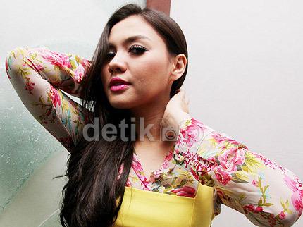 Vicky Shu Siapkan Lagu Sendiri di Album Baru