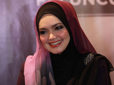 Siti Nurhaliza Dedikasikan 'Fragmen' untuk Suami dan Korban Pesawat MH-17