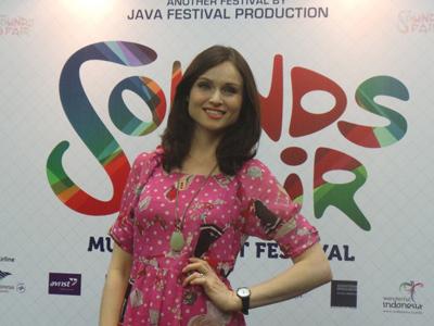 Sophie Ellis Bextor Bawa Konsep Tur UK di Panggung Soundsfair Hari Pertama