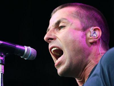 Beady Eye Bubar, Liam Gallagher Siap Solo Karier?