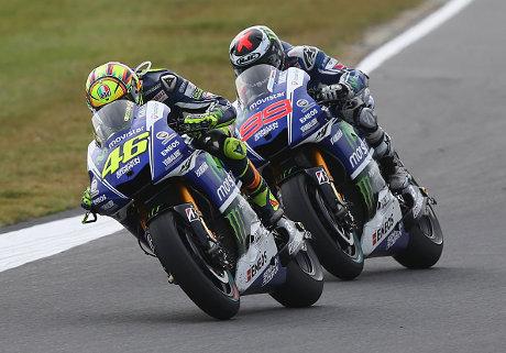 Pertarungan Terakhir Lorenzo dan Rossi