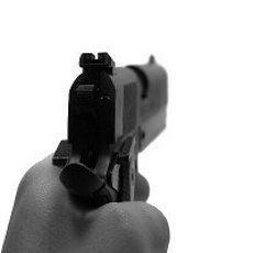 145539_pistoluarr.jpg