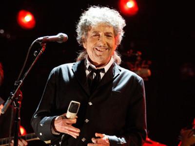 Bob Dylan Gelar Konser untuk Satu Orang Saja
